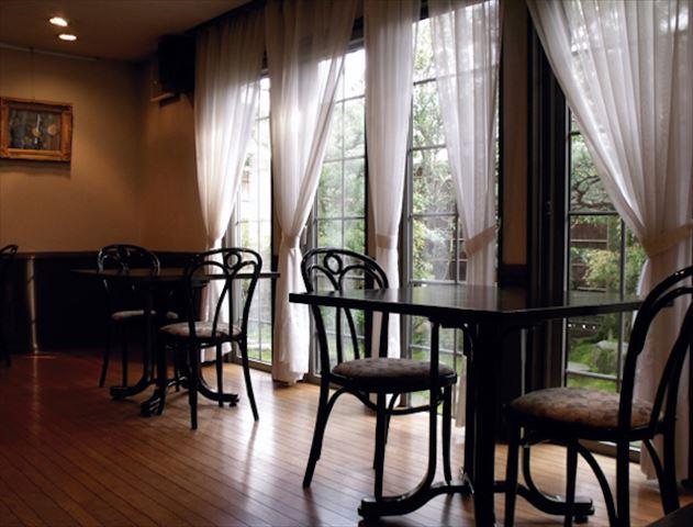 本当は秘密にしたい!極上に居心地のいい金沢の大人の隠れ家「カメリアイン雪椿」