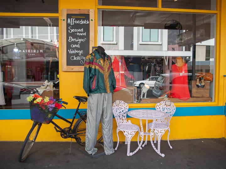 【ニュージーランド】ダニーデンの街で古着やアンティーク、ヴィンテージ雑貨探し
