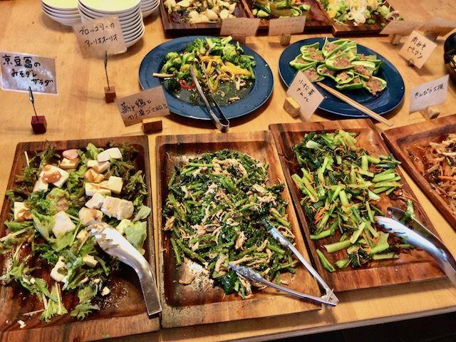 【京都・大原】地元産野菜たっぷり!おばんざいビュッフェが楽しめる「大原リバーサイドカフェ 来燐」