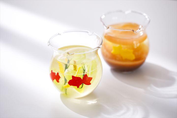 金魚鉢の中でゆらゆら泳ぐ金魚をイメージ!涼やかなグラスデザートが登場【マンダリンオリエンタル東京】