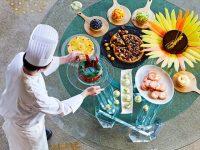 【大阪】夏のフルーツとベジフルーツが盛りだくさんのスイーツブッフェ「カラフル・サマーフルーツ」