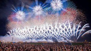 百花繚乱!日本全国の花火大会、人気ランキングTOP10
