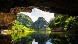 ハノイにするかホーチミンにするか!南北に長いベトナム旅の決め手。
