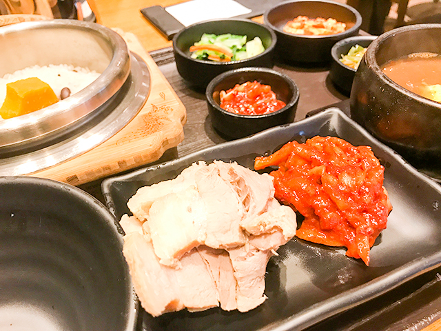 韓国のおばあちゃんの味?お一人様で釜飯ポッサム定食が食べられる「ウォンハルモニ」