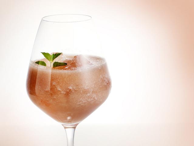 桃の香りと風味に包まれて。夏を彩るピーチスイーツブッフェ【インターコンチネンタルホテル大阪】