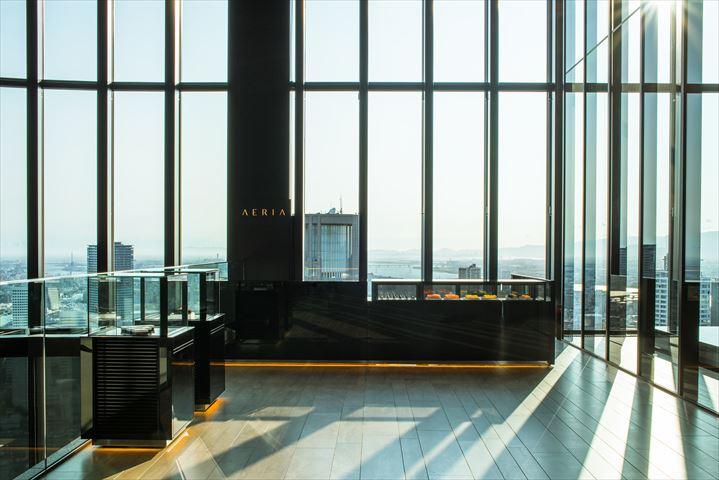 コンラッド大阪にある、地上40階 空に浮かぶパティスリー「AERIA(アエリア)」