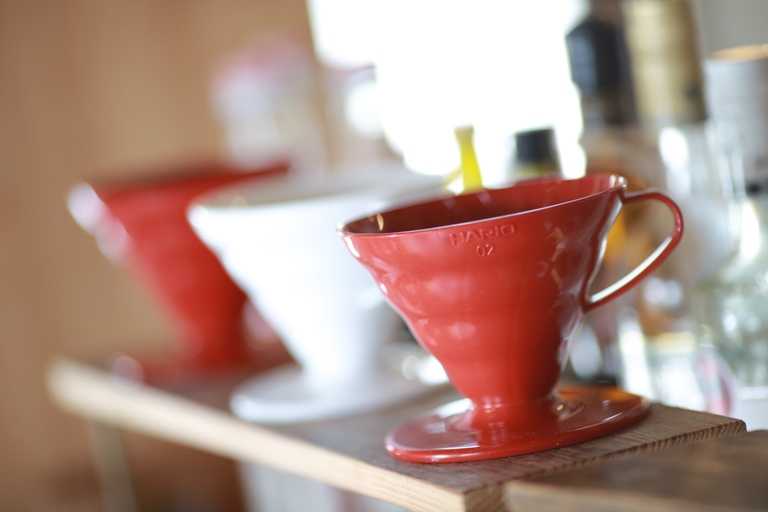 山盛りシュークリーム&スペシャルティコーヒー!元パン屋をリノベした人気カフェ【富山・高岡】