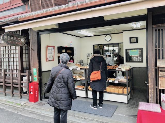 【京都】主役はコッペパンサンド!昔ながらの懐かしさがたまらない「まるき製パン所」