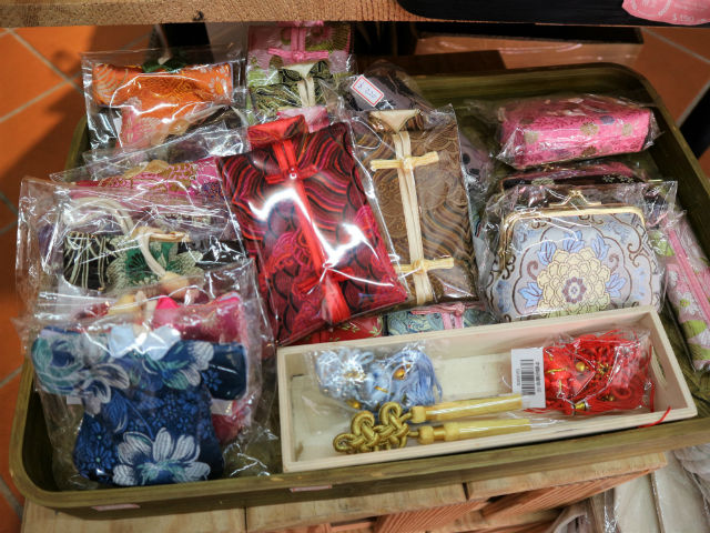 台北・迪化街の素敵なお店【1】マスキングテープが豊富「大稻埕旅遊資訊站」