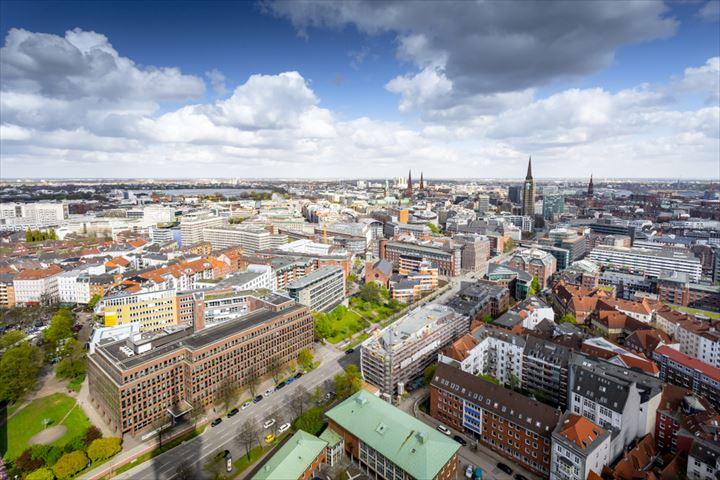 ドイツの人気No.1観光スポットも、パワフルな港町・ハンブルクでしたい8つのこと