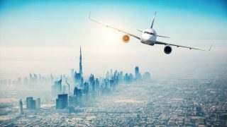砂漠の国ドバイに誕生!エミレーツ航空の巨大グリーンハウス