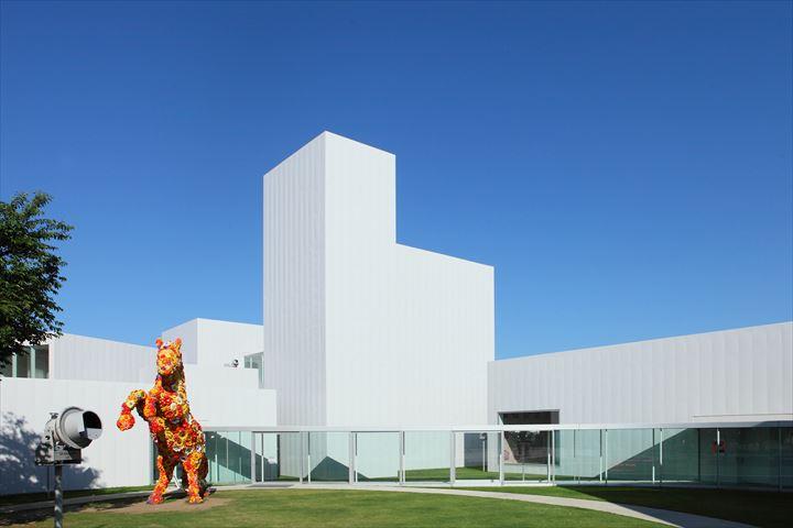 2位は十和田市現代美術館!プロの旅ライター22人が選ぶ観光地TOP5【青森編】