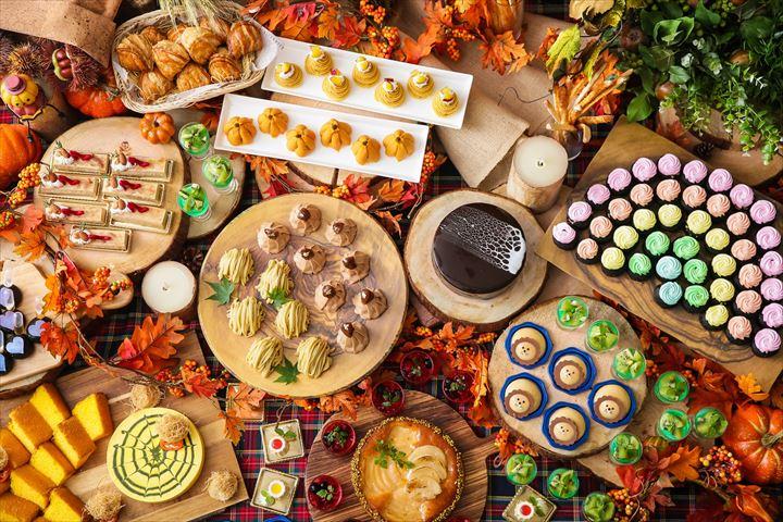 ハロウィンスイーツやオズの魔法使いがテーマのスイーツが大集合のデザートブッフェ
