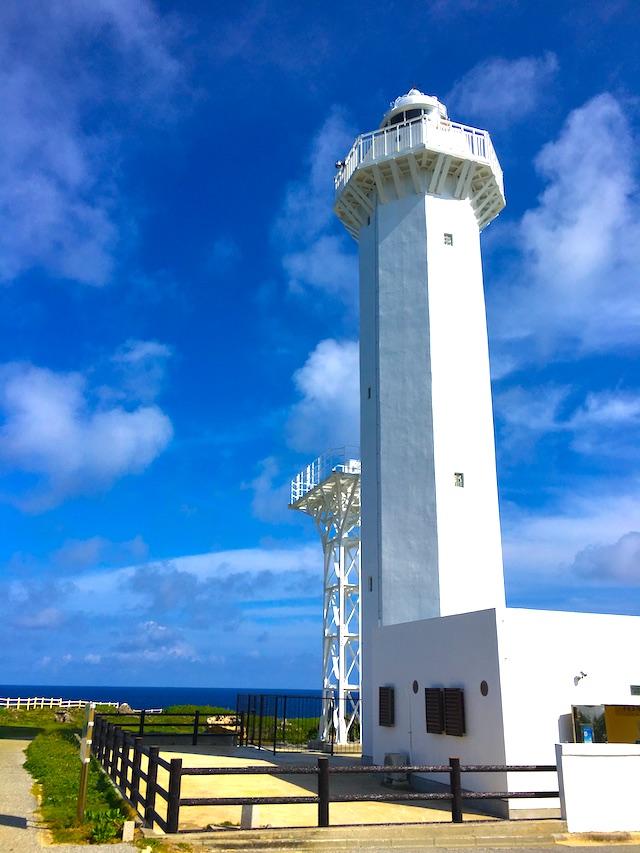気が遠くなるような青と緑。東平安名崎の灯台から眺める宮古島の海が美しい 【宮古島旅行記2】