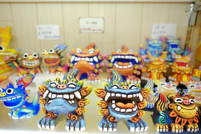 シーサーの置物だけじゃない!「魅力ある特産品や土産物が多い県」No.1の沖縄土産とは