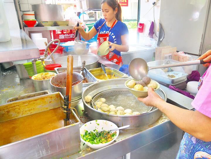 マカオ旅行記・暮らし旅編【2】激辛B級グルメ「カレー麺」に挑む、熱き朝!