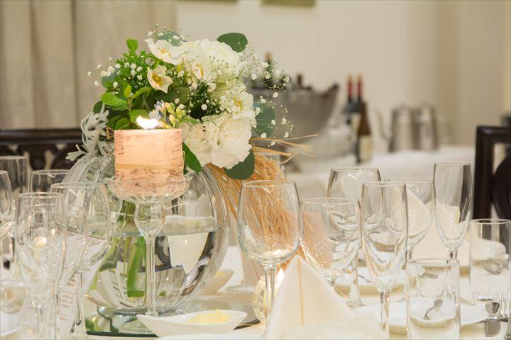 全国でこんなに違う?地域で異なる結婚式の時期・招待客数・費用