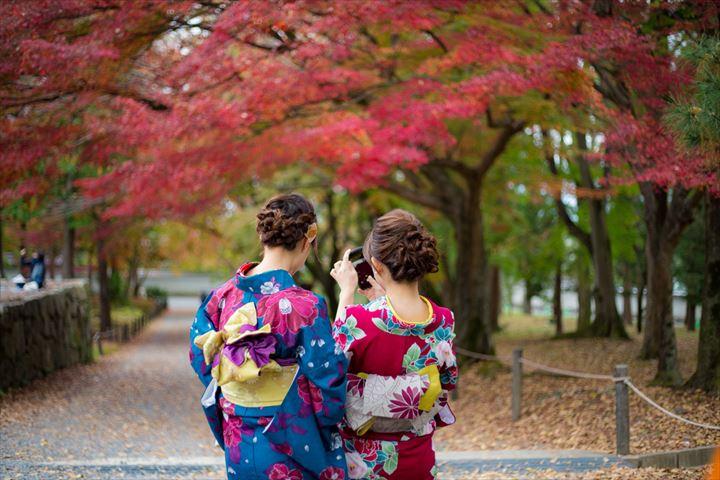 口コミで選ぶ秋の女子旅 楽天トラベルが発表「2018年女性グループに人気の宿トップ3」
