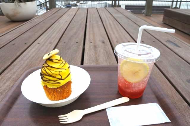 水辺の解放感がすごい!逗子マリーナのロンハーマンカフェ