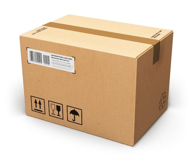 海外旅行先から免税で荷物を送るには?知っておきたい「別送品」の制度