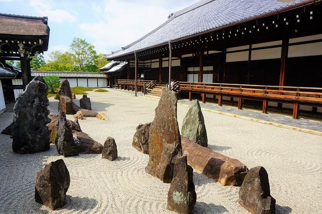 【フォトジェニックな京都】モダンな市松模様がSNSで話題。東福寺「本坊庭園」
