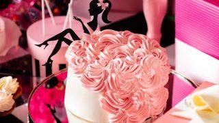 心ときめく、大人可愛いピンクのクリスマスデザートビュッフェ【ヒルトン東京お台場】
