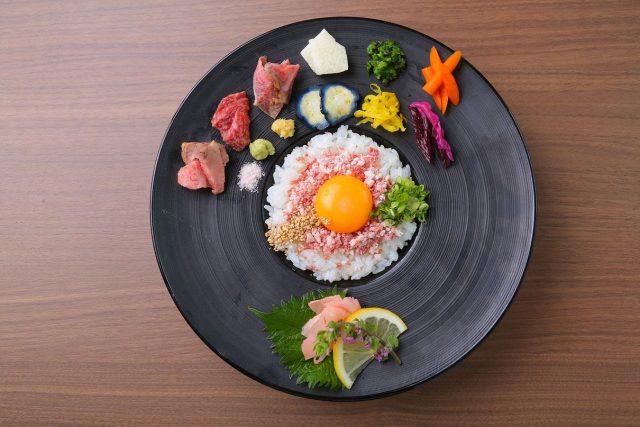濃厚な松阪牛の旨みを寿司で味わう!『おにくのおすし』が京都祇園にグランドオープン