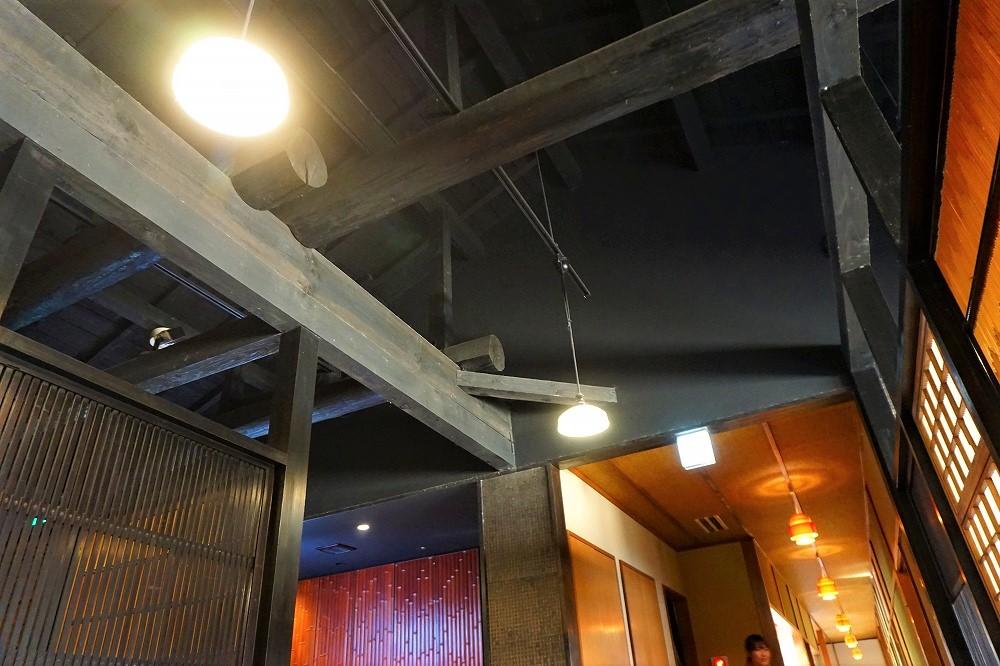 【京都嵐山】Ki-Yanアートと和スイーツが光る、レトロモダンな「イクスカフェ」が素敵