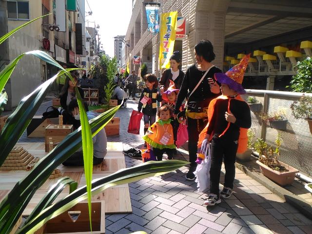 【イベント速報】武蔵小杉の街がみんなのリビングに! ストリートリビング「Kosugi 3rd Avenue Living」開催中!!