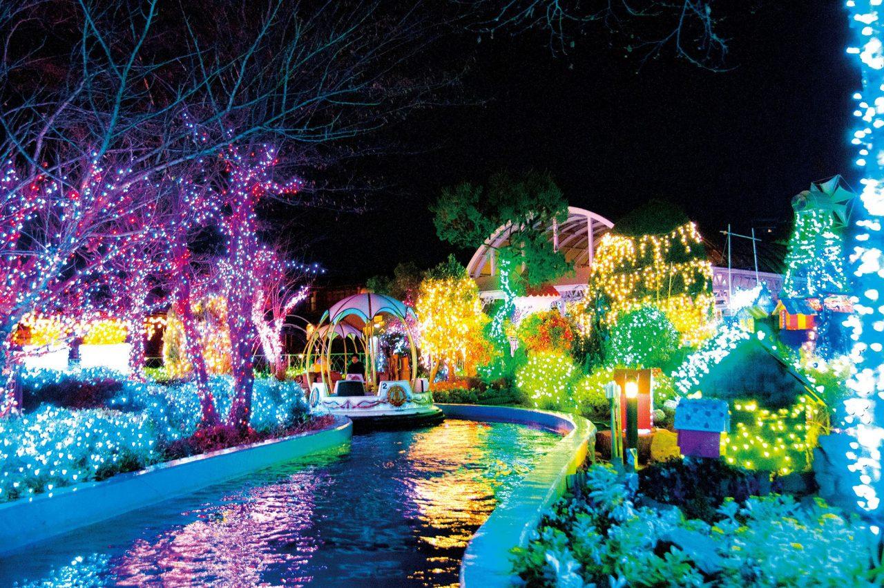 ひらかたパークのイルミネーション、今年は4つの光の世界へタイムトラベル!