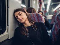 旅の不安を減らすために。乗り物酔いの予防法と対処法
