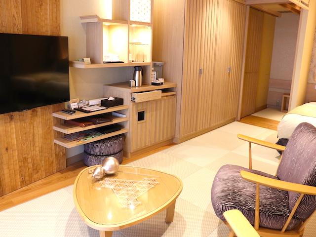 あさやホテル 秀峰館最上階眺望風呂付 和洋室「雅」室内