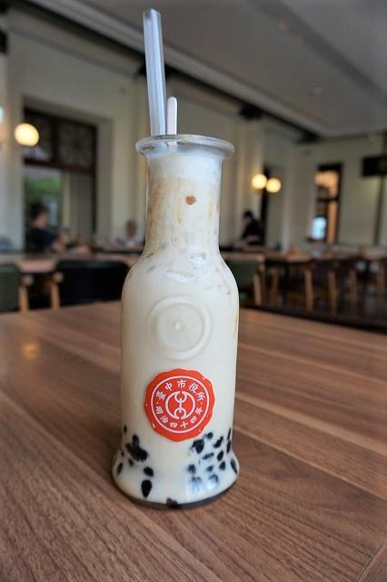 台湾「CAFE1911」タピオカミルクティー
