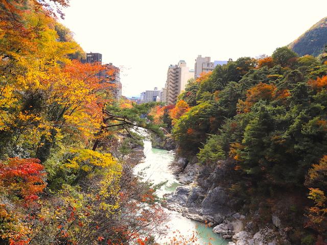 鬼怒川温泉 紅葉絶景