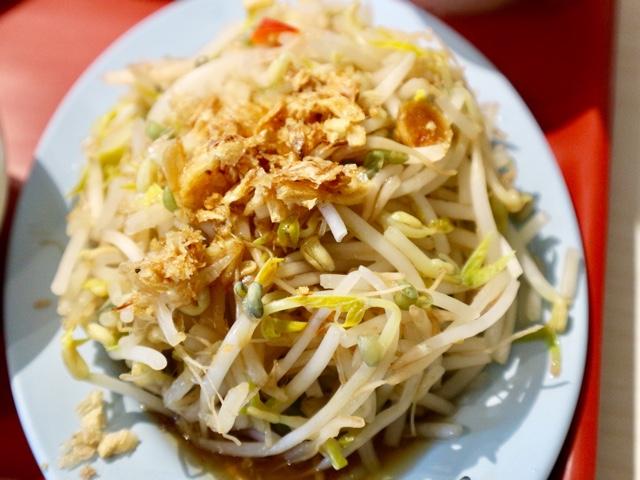 台北 シンガポール料理店「文慶鶏」海南鶏飯套餐 もやし盛り合わせ