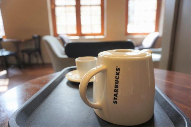 スターバックスコーヒー保安門市 店内 ポット