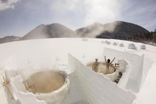 氷上露天風呂 しかりべつ湖コタン
