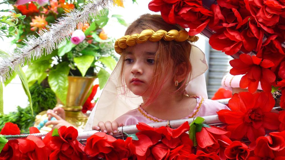 エクアドル クリスマスの子供のパレード