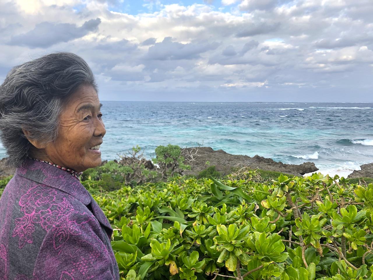 久高島 ハビャーン(カベール岬) 洋子さん