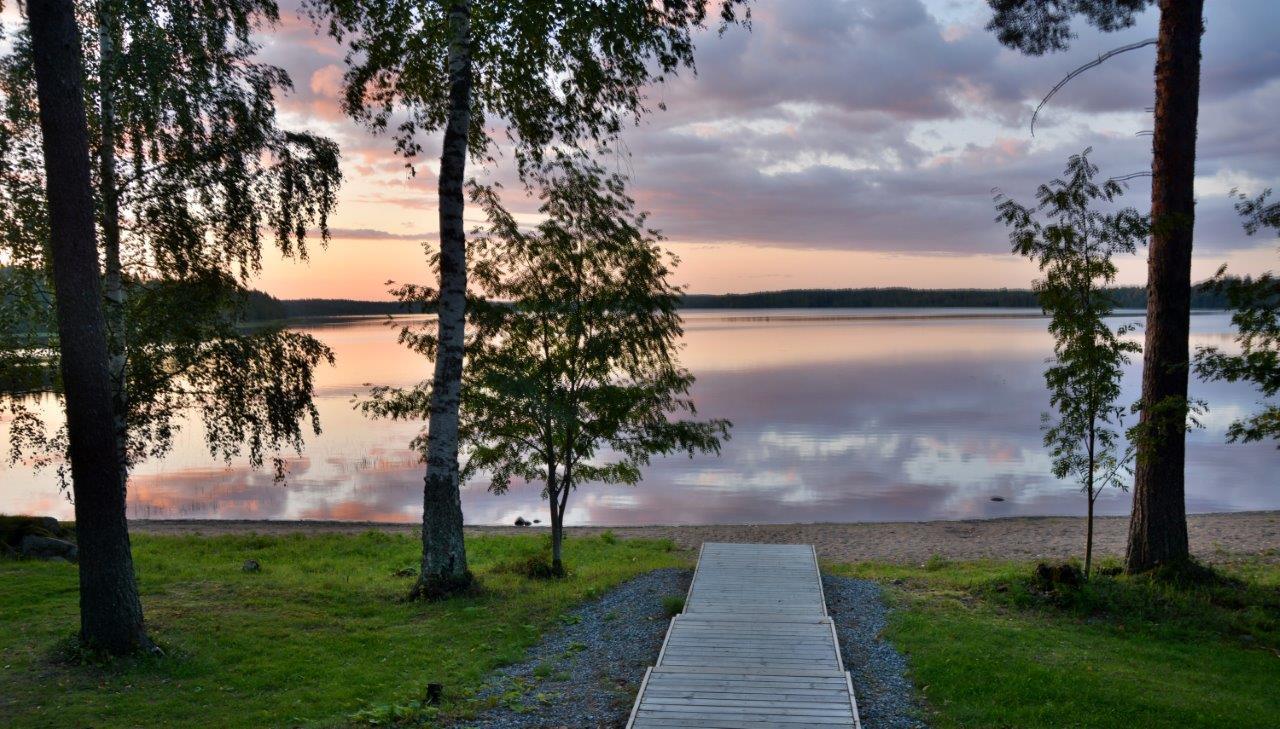 ビルマス湖