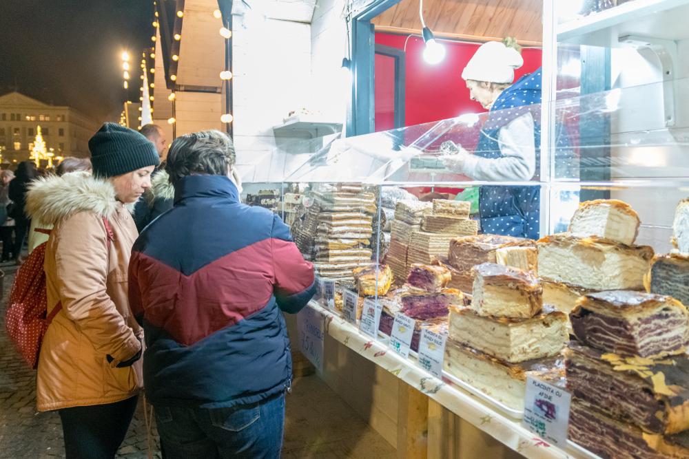 ルーマニア クリスマスマーケット