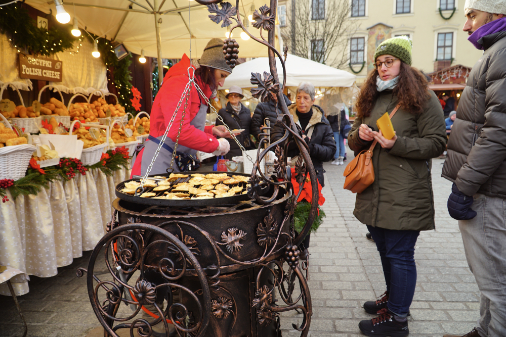 ポーランド クリスマスマーケット