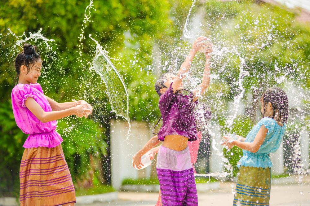 今から計画!4月のお正月「水かけ祭り」のメコン3か国に出かける。