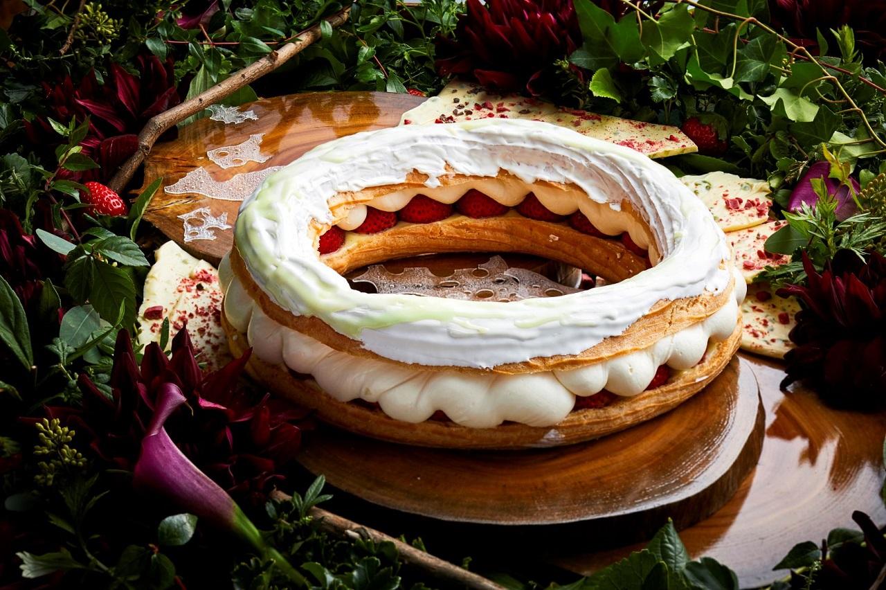 ストロベリースイーツブッフェ パリブレスト