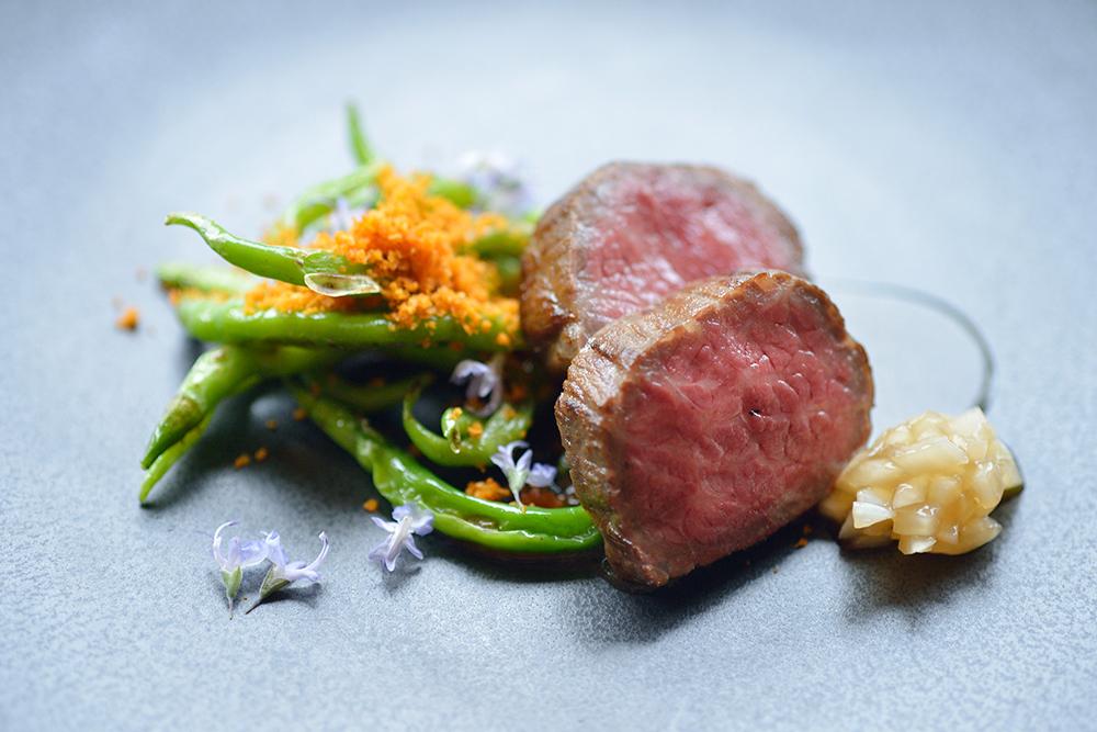 大和牛のウチモモ肉を使ったひと皿