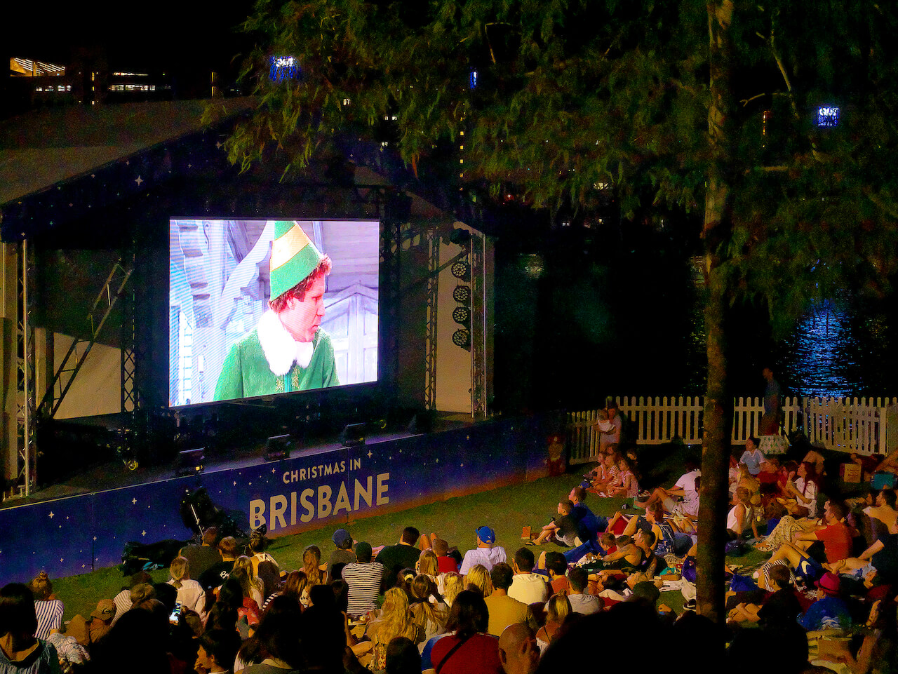 Southbank Christmas Cinema02