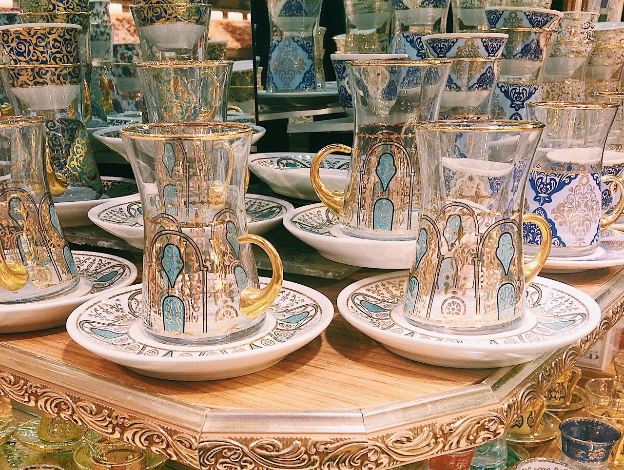 装飾が美しいチャイグラス