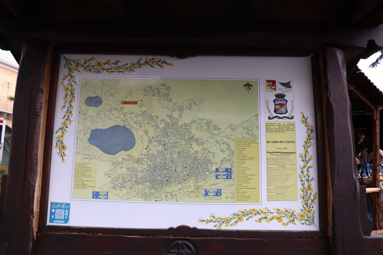 ニコロージの地図