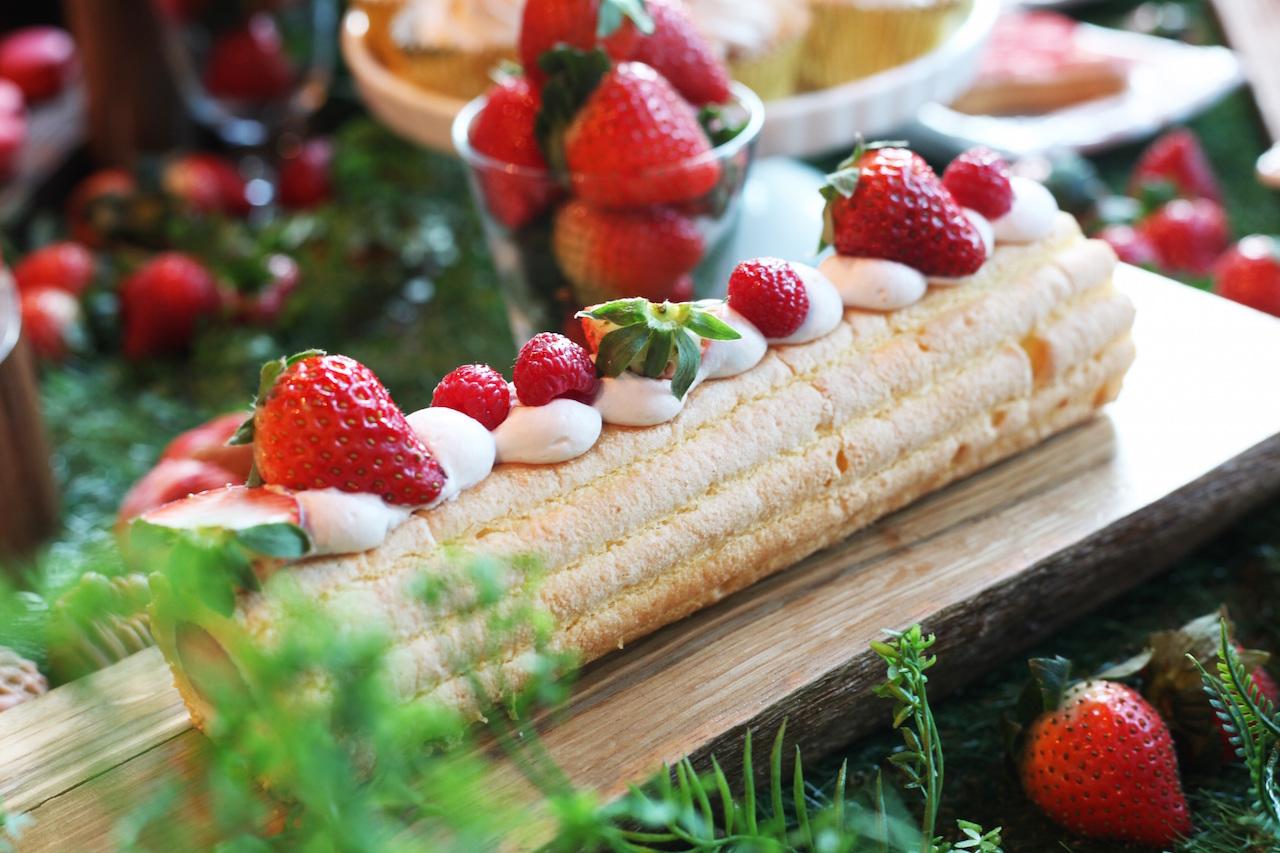 2019 ストロベリーブッフェ いちごのロールケーキ