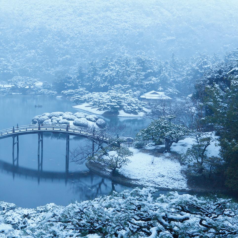 雪の栗林公園 香川県